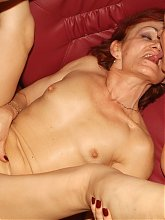 Sultry mature women Steph and Julianna take turns on a young cock and enjoy equal share of cream