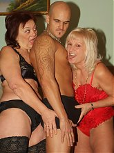 Lingerie clad matures Paula and Remy got themselves a bald hottie and does their best to satisfy his schlong